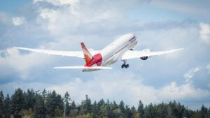 india-extends-ban-on-international-flights